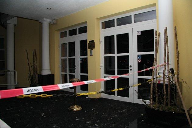 Spadlý strop v jednom z casin ve Strážném letos počátkem února vyšetřovala i Policie ČR. Ta případ nyní odložila.