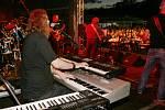 Dalibor Janda rozezpíval na tisícovku lidí.