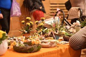 Vimperáci se přišli podívat do sálu MěKS na tradiční Velikonoční trhy.