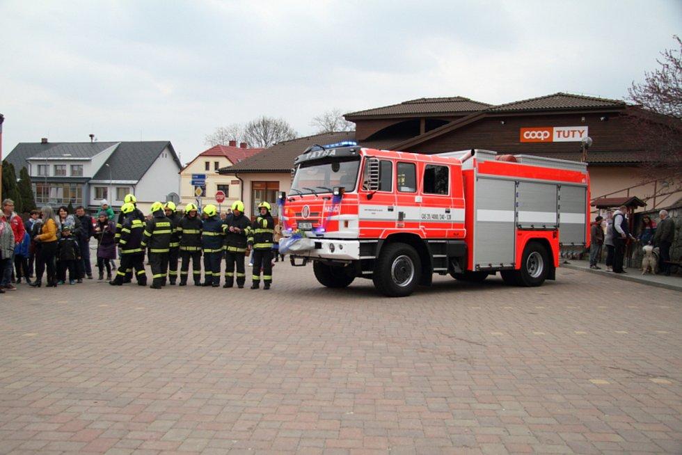 Vacovští hasiči mají nové zásahové auto.