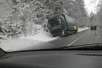 Komplikace v dopravě na silnici z Vitějovic do Prachatic.