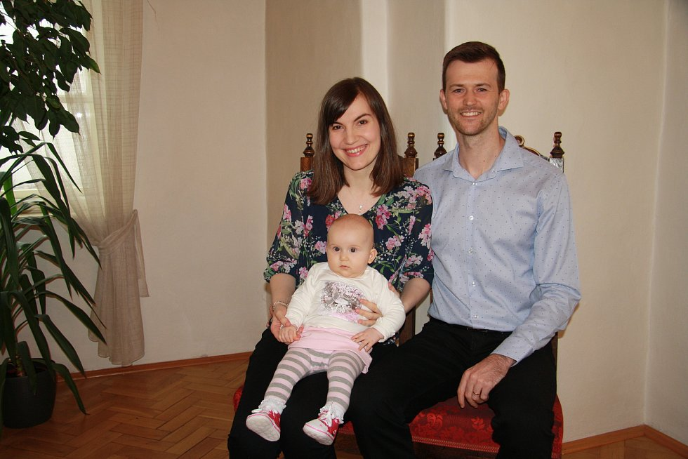 Helena Dojčarová s rodinou.
