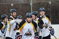 Prachatičtí hokejbalisté porazili Svítkov Stars 3:2 a vynutili si třetí zápas osmifinále play off.