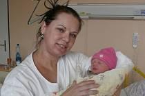 Marianna Hrbková se v prachatické porodnici narodila v neděli 6. března deset minut po druhé hodině odpolední. Vážila 3260 gramů. Rodiče Marianna a Karel si dceru odvezli domů, do Kosma.