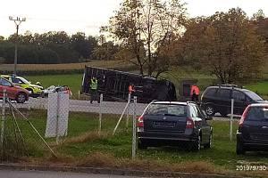 Nehoda u Stopařky.
