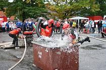 Devatenáctý ročník Prachatické hasičské ligy skončil v sobotu v Prachaticích kláním o pohár starosty také pro kategorii ženy.