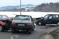"""Ranní nehoda u """"stopařky"""" na vitějovické křižovatce."""