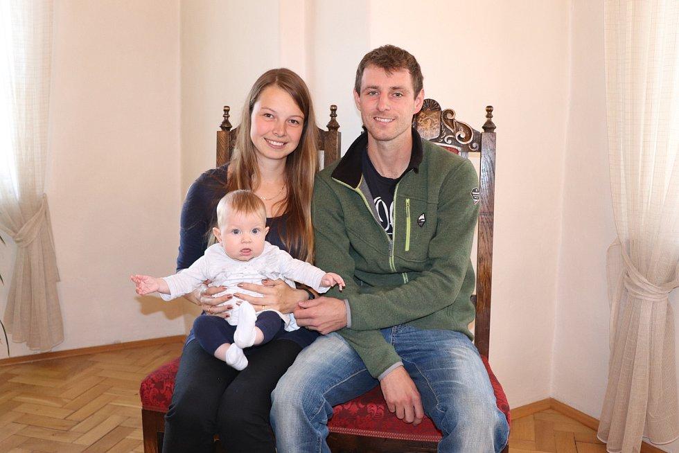Eliška Žižková s rodiči.