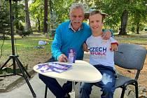 Arny Petráček navštívil Prachatice. Vyprávěl o olympiádě v Tokiu. Foto: Hanka Rabenhauptová