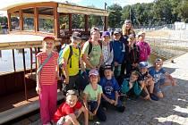 Školáci z Dubu vyrazili na školní výlet.