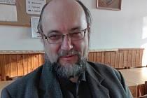 Kazatel bratrské církve v Husinci Pavel Fér.