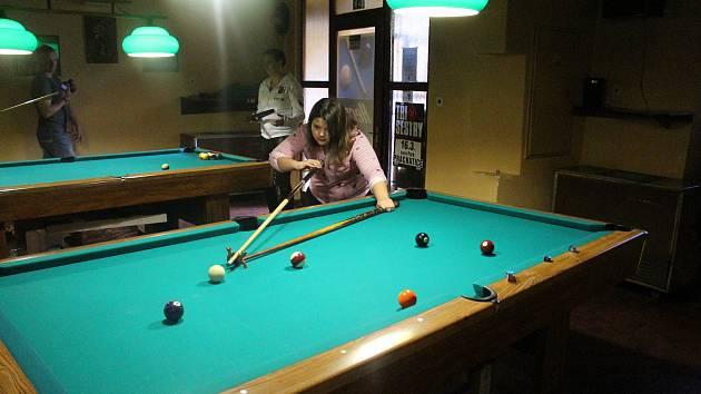 V prachatické Herně v Koutě se hrál kulečníkový turnaj dětí do 15 let.
