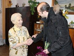 Vlasta Šindelářová oslavila 99. narozeniny. Je nejstarší obyvatelkou města Prachatice.