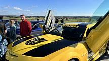 Poslední letošní setkání majitelů a milovníků US Cars na jihu Čech na letišti ve Tchořovicích u Blatné.
