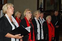 Smíšený pěvecký sbor Česká píseň vystoupil o víkendu v kostele sv. Štěpána v Kvildě.