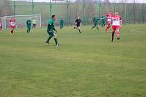 Fotbalová I.A třída: Lažiště - Semice 3:1.