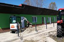 Volarští fotbalisté renovují areál.