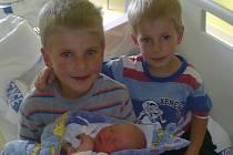 Jakub Čtvrtník se narodil v pátek 13. července 2012 v nemocnici ve Strakonicích v 11.35 hodin. Vážil 3550 gramů a měřil 51 centimetrů. Malý Jakub má dva brášky, Tomáš (7 let) a David (3 roky). Rodiče Roman a Anděla Čtvrníkovi jsou ze Zdíkova.