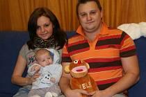 Filip Klouda z Prachatic s rodiči.