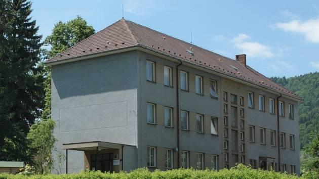 Na opravu fasády Mateřské školy Prachatice v Krumlovské ulici zatím není potvrzená dotace.