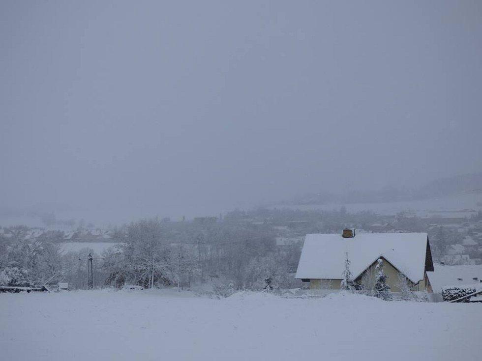 Pohled na Strunkovice nad Blanicí.