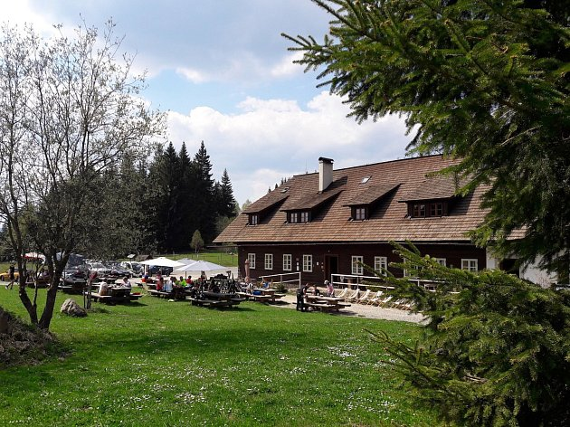 Šumavská chata Rovina.