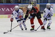 Hokejoví mladší žáci: HC Vimperk - HC Strakonice 4:1.