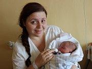 Ve Volarech budou svého prvorozeného syna vychovávat manželé Zdeňka a Martin Vondruškovi. Chlapeček se narodil v prachatické porodnici v pondělí 20. listopadu  ve 2:45 a rodiče ho pojmenovali Jan František Vondruška. Sestřičky mu navážily 3080 gramů.