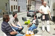 K celosvětové akci Restaurant day se v jižních Čechách připojila pouze prachatická Galerie Neumannka.