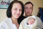 SEBASTIÁN MOTTL, DUB U PRACHATIC. Narodil se v pátek 10. května v 10 hodin a 10 minut v prachatické  porodnici. Vážil 2790 gramů a měřil 48 centimetrů.Rodiče: Jana Barcalová a Jaroslav Mottl.