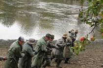 Protivínští rybáři v neděli lovili Podroužek u Netolic.