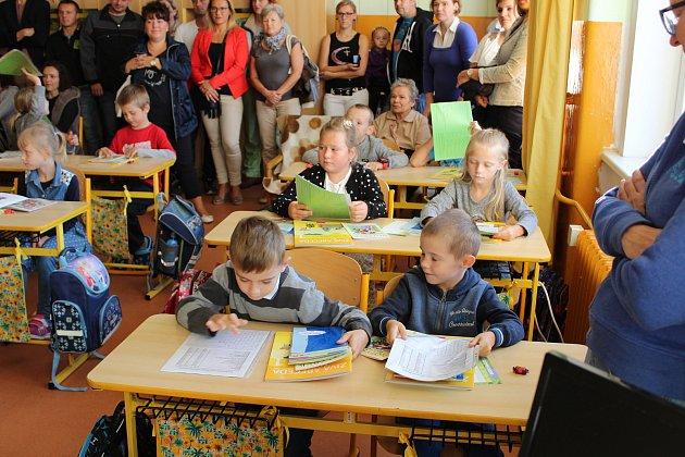 První školní den v ZŠ Prachatice Vodňanská.