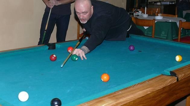 Turnaj v devítce vyhrál Petr Mašek.
