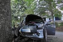 Při nehodě u Nových Hutí zemřeli dva lidé.