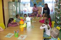 Předškoláci, školáci i dospělí čtenáři si mohli v březnu ve volarské knihovně vybrat ten svůj program.