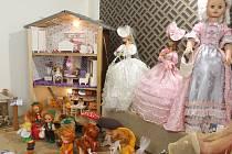 Výstava panenek. Ilustrační foto.