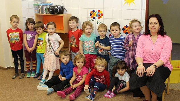 Nejmladší děti z1. třídy MŠ ve Zdíkově.