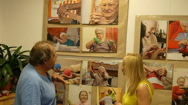 Setkání s fotografem Karlem Rabenhauptem v prachatickém SeniorPointu.