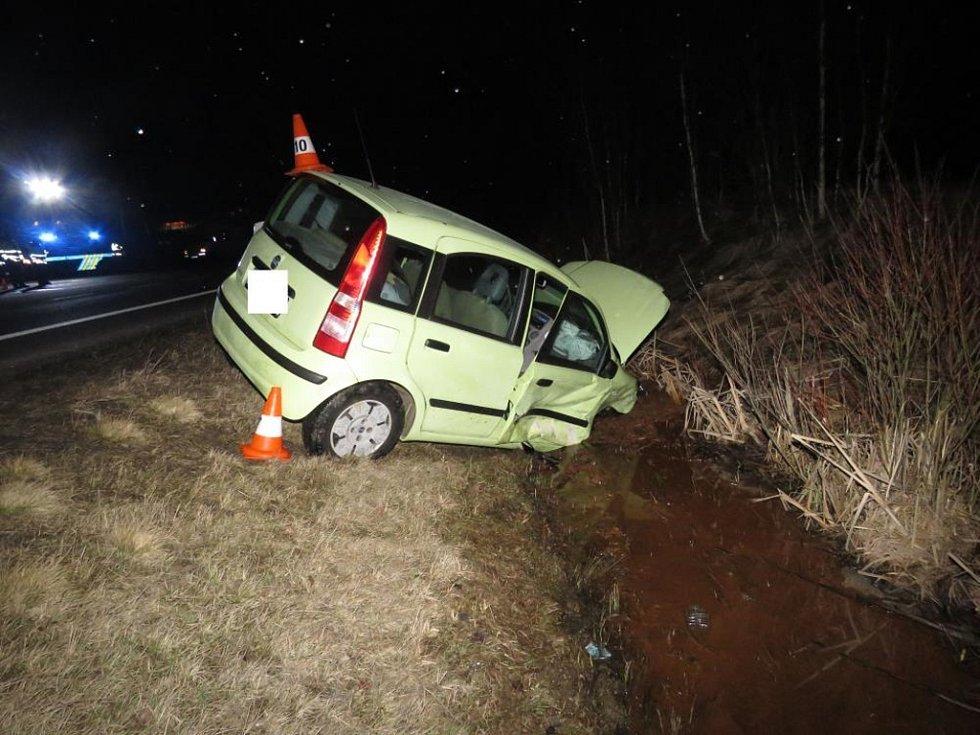 Nedělní nehoda poblíž Strážného.