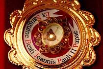 Kapka krve papeže Jana Pavla II.