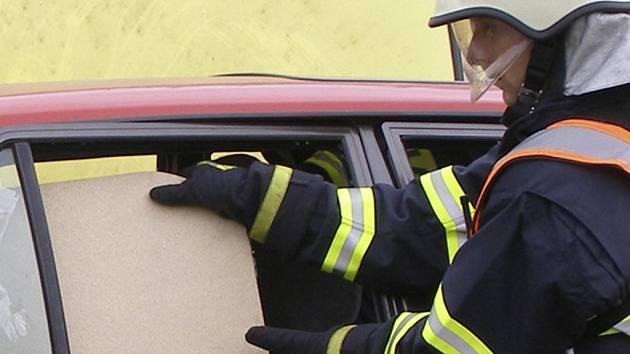 Profesionální i dobrovolní hasiči mají za sebou klidný začátek týdne. Ilustrační foto.