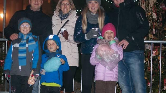 Rozsvícení vánočního stromu ve Vimperku.