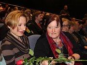 V pátek večer si vítězové letošní přehlídky přebrali v Městském divadle v Prachaticích ceny za své výkony. Vítězilo Rádobydivadlo Klapy.