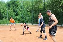 Volejbalisté se sjeli na turnaj smíšených družstev do Prachatic.