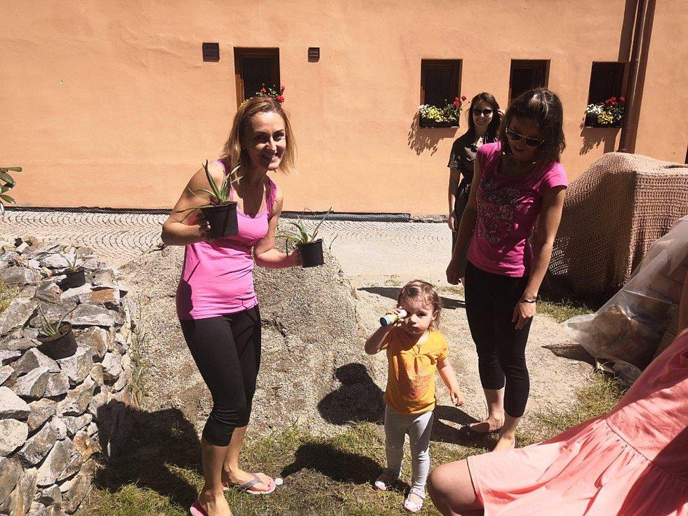 Cvičení s Dagmar a Helenou.