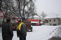 V neděli krátce po poledni vyjížděly jednotky profesionálních hasičů ze stanice Prachatice k požáru rodinného domu ve Starých Prachaticích.
