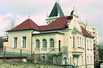 NOVÁ BUDOVA. V bývalém budově školského úřadu bude od 23. dubna výstava Šumava na starých mapách.