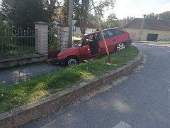 Nehoda ve strunkovické Hřbitovní ulici.