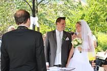 Svatba Davida Mattiolli a jeho Lenky v Prachaticích.