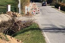 V Nerudově ulici ve Vlachově Březí přibudou nové chodníky.
